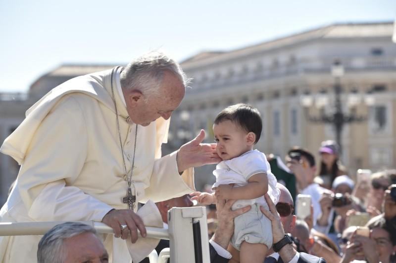 Catequesis del Papa Francisco sobre los mandamientos – 27 de Junio