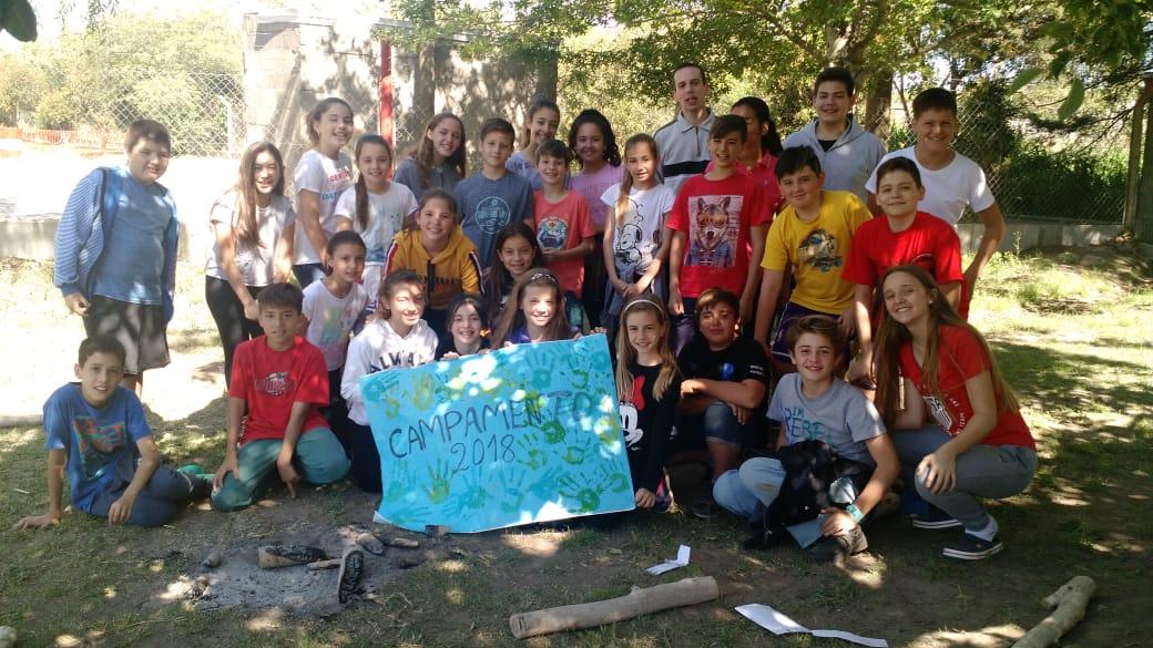 Campamento de las pandillas juveniles